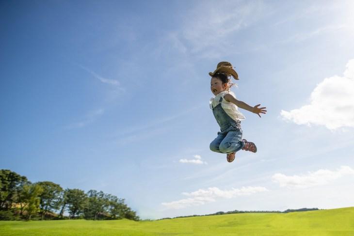 飛躍」の意味と使い方・例文・「活躍」「跳躍」「飛翔」「躍進」との ...