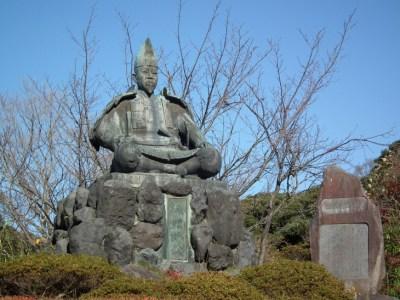 不運が続く鎌倉幕府将軍家の三代目「源実朝」を歴史オタクがわかりやすく5分で解説