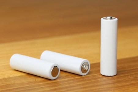 「ボルタ電池」の仕組みって?理系学生ライターがわかりやすく解説