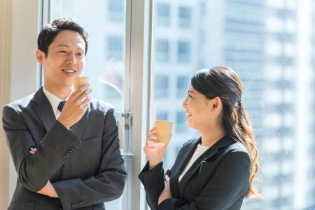 「俗に言う」の意味や使い方は?例文や類語を日本語教師の大学院生が解説!