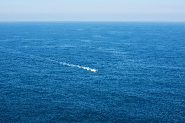 慣用句】「待てば海路の日和あり」の意味や使い方は?例文や類語をWeb ...