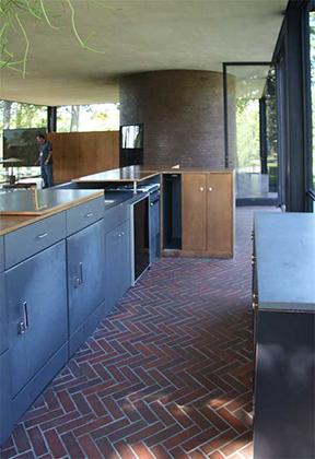 Philip Johnsons Glass House Interior  Floor Plan