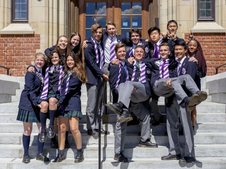 high schools in Canada for international students
