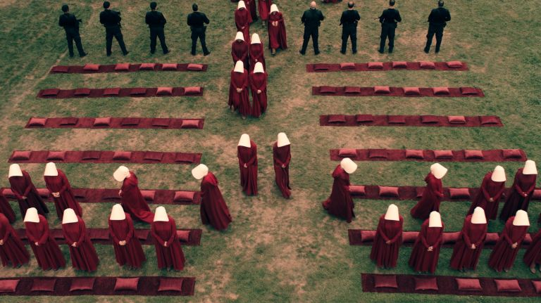 The Handmaid's Tale Cast Reveals Very Early Plans for Season 2