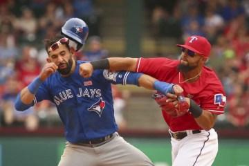 The Delicate Art of Encouraging Good Sportsmanship