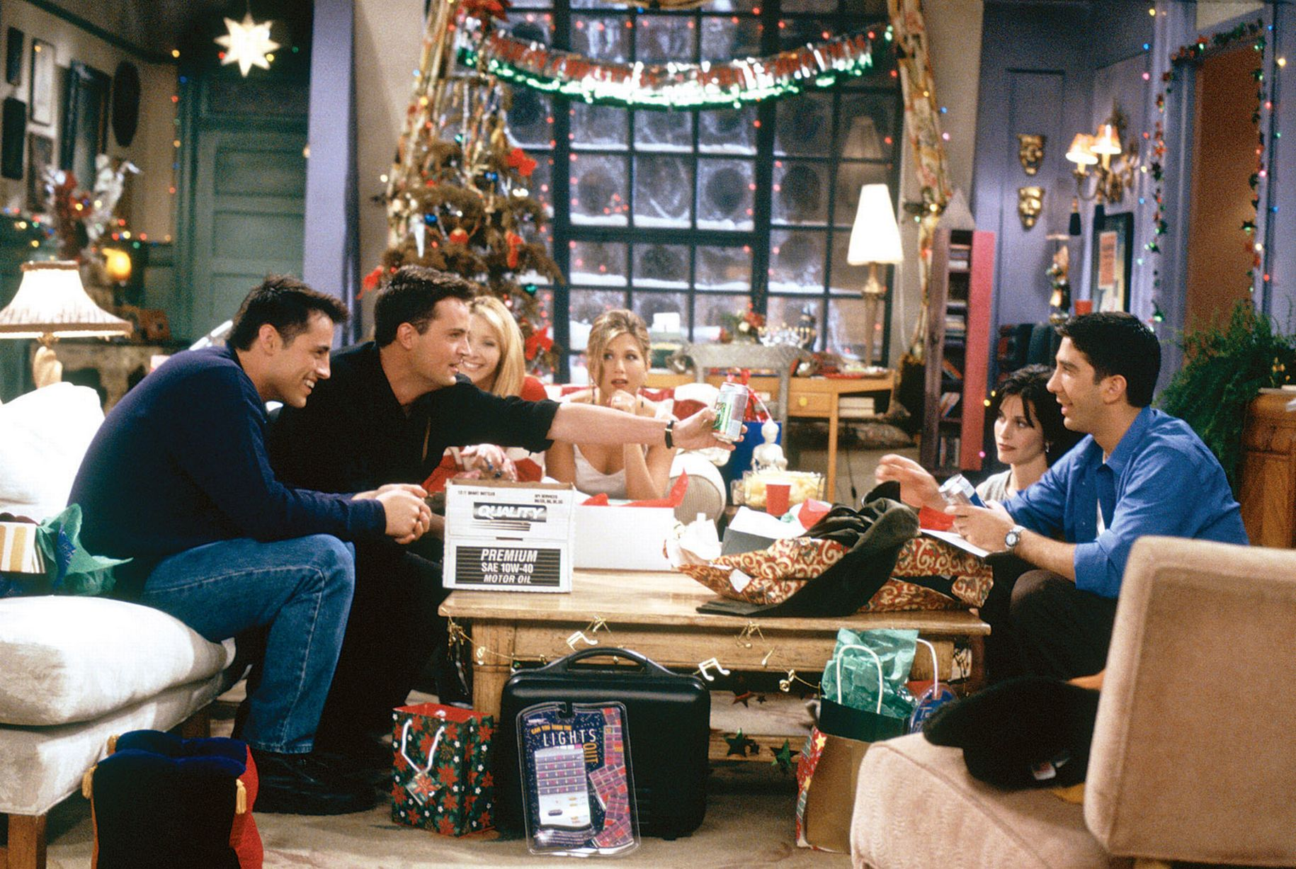 sexy living rooms images of design 6 the most legendary moments from 'friends' series