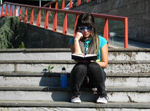 sit_and_read_2