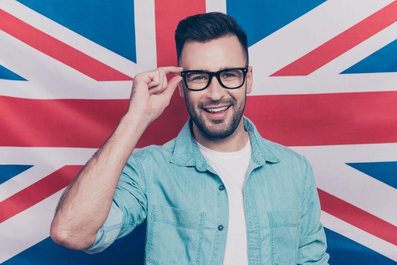 จบ ม.6 แล้วอยากเรียนปริญญาตรีที่อังกฤษต้องทำอย่างไร ?