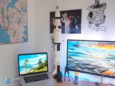 LEGO Saturn V aufgebaut