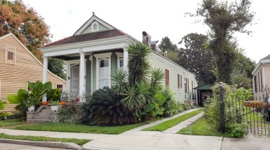 Shotgun houses in Gretna, LA
