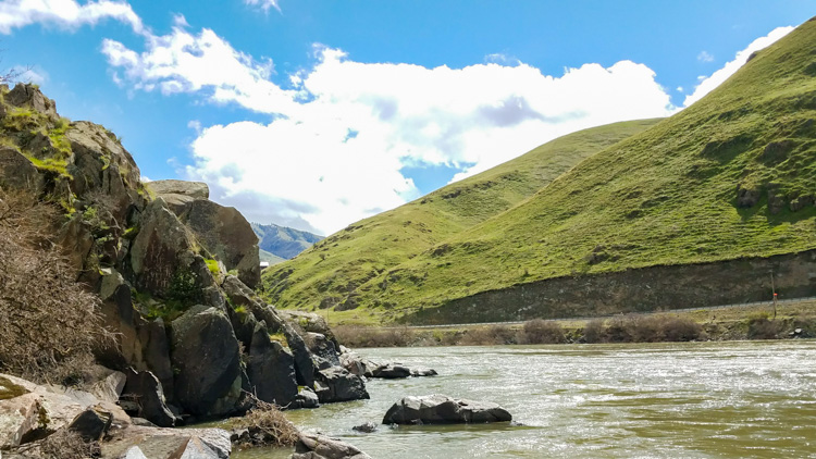 The Hells Canyon area makes me think of New Zealand or Ireland, NOT Idaho! © Stuffed Suitcase