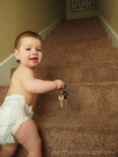 baby climbing stairs best baby gate