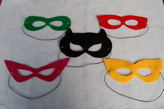 superhero party favors masks
