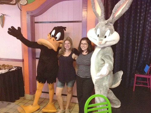 six flags and looney tunes