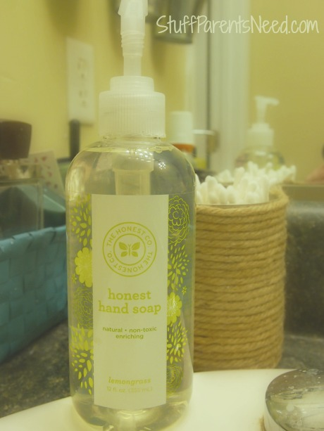 honest company hand soap in lemongrass