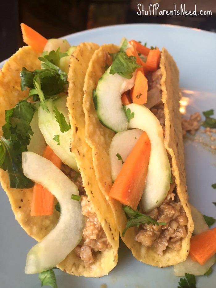 thai-chicken-tacos