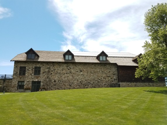 An old stone barn renovated to house contemporary art