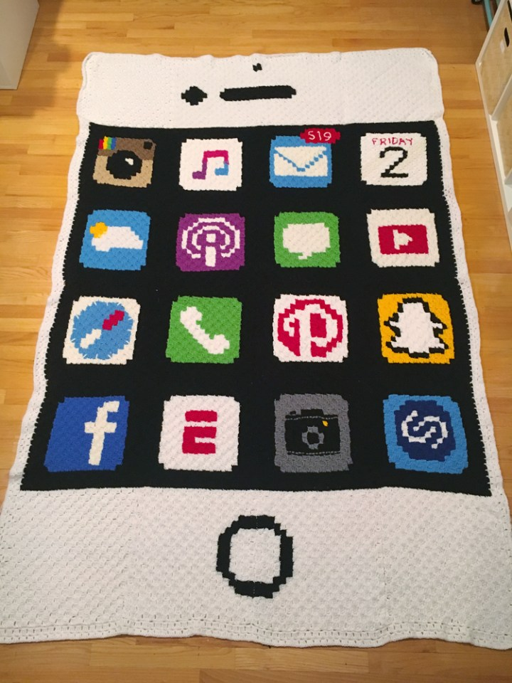 iPhone Crochet Blanket