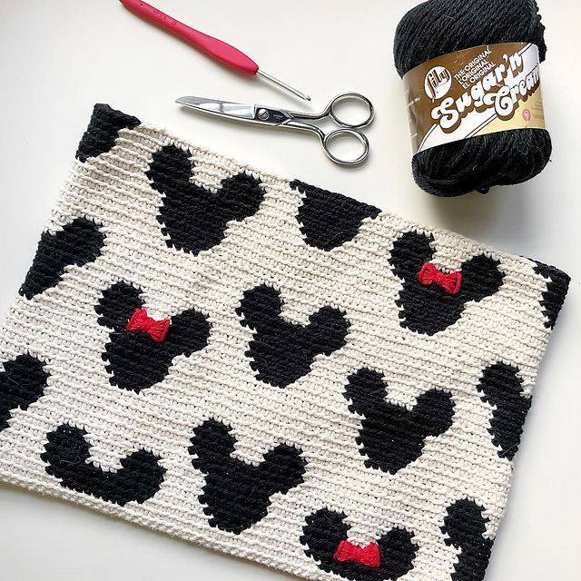 Mickey Zipper Pouch