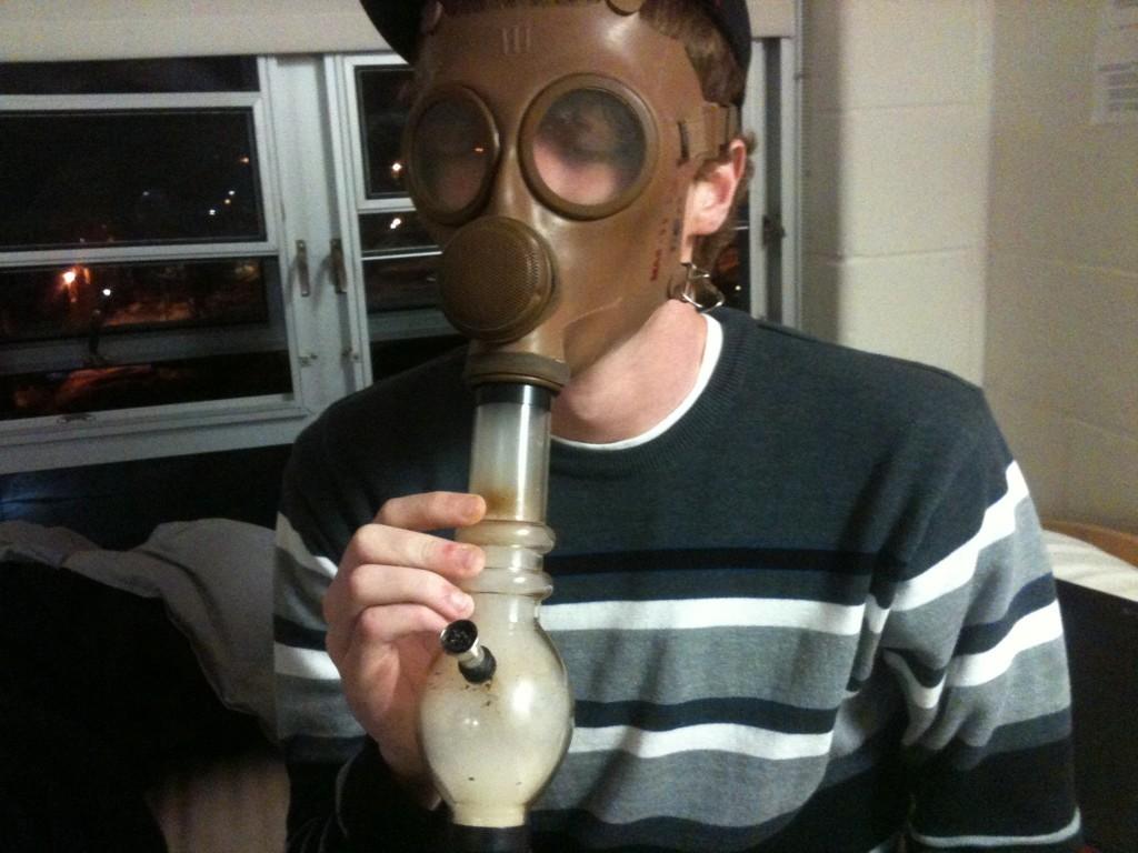 ways to smoke weed gas mask bong