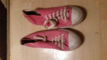 Well Worn - Pink Canvas Pumps / Plimsoles - Size 7