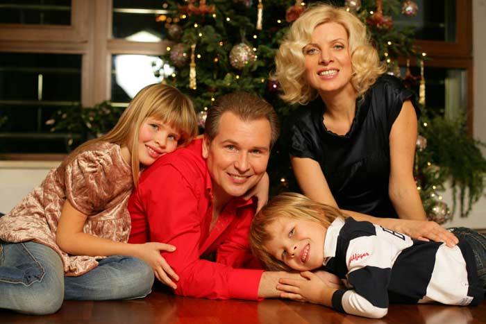 Александр Малинин биография личная жизнь семья жена дети фото