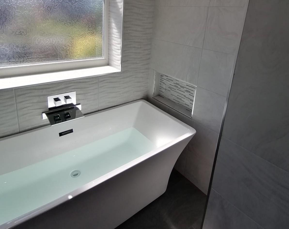 Dashing West Derby Refurbishment - Bathroom Fitter ...