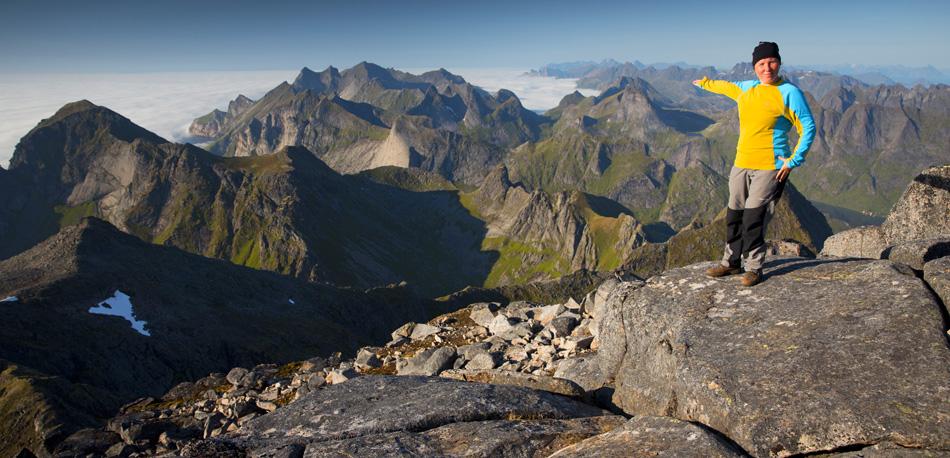 Hermannsdalstinden summit