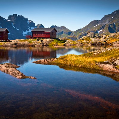 Munkebu hut hike – one of the best hikes in Lofoten