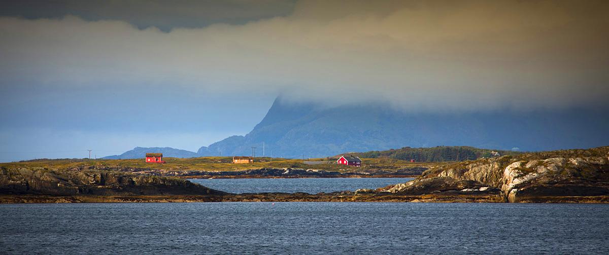 lovund island helgeland