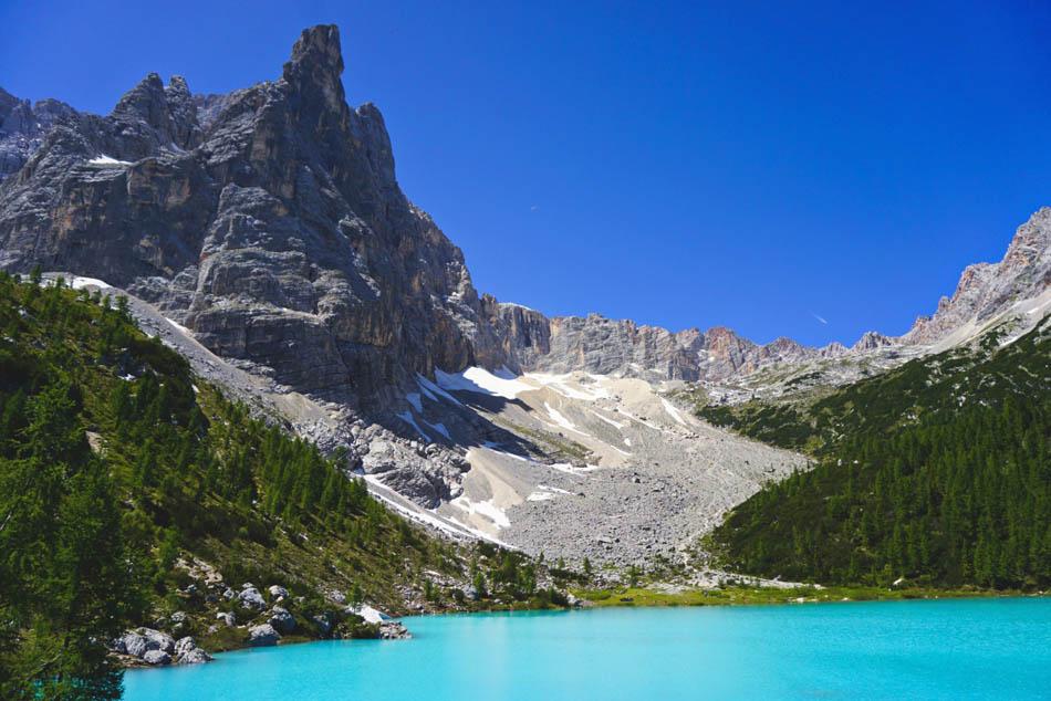Sorapis lake Italy