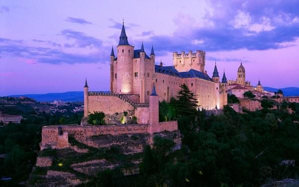 9 Of Castles In Europe