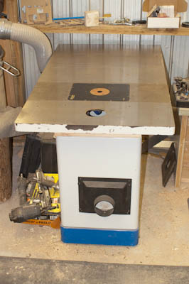 Large, flat router table top