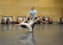 Rehearsal in studio for the gala: Alicia Amatriain and Jason Reilly in Le Grand Pas de Deux (Spuck)