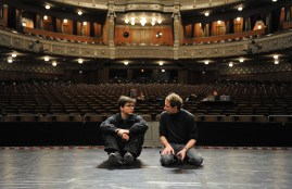 Demis Volpi and Ekkehard Kleine (stage manager) on the stage of the Opera House