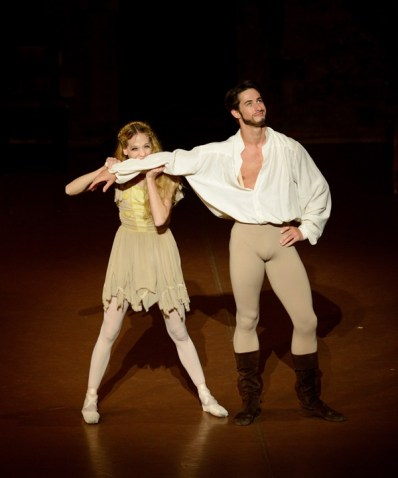 Alicia Amatriain and Alexander Jones danced briliantly as Katherina and Petrucchio – they audience had a lot to laugh and enjoyed the performance!