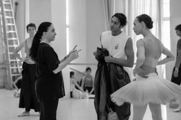 Marcia Haydée mit Anna Osadcenko und Jason Reilly