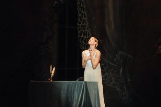 Dress rehearsal for Onegin: Alicia Amatriain as Tatjana