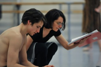 David Moore in the Salome rehearsal with ballet mistress Yseult Lendvai