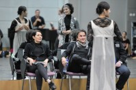 Rehearsal in the studio with Hyo-Jung Kang (Juliet) and Sonia Santiago (Juliet's Nurse) and the ballet masters: Yseult Lendvai, Tamas Detrich, Thierry Michel