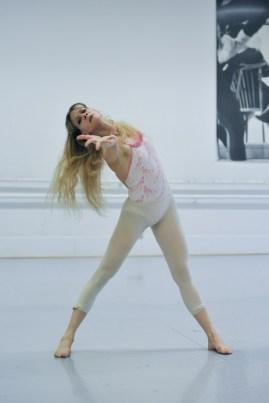 Alicia Amatriain in the studio rehearsing Maurice Béjart's Bolero