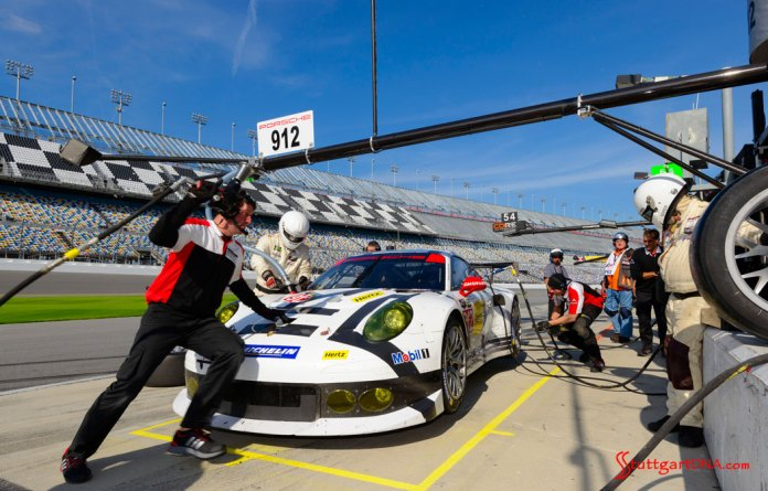 Porsche Motorsport 2015 Daytona 24 preview: Porsche North America's No. 912 911 RSR undergoing pit-stop practice during Daytona testing, 2015.