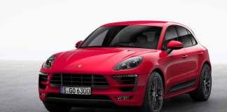 Porsche Macan GTS: Macan GTS left-front in studio. Credit: Porsche AG