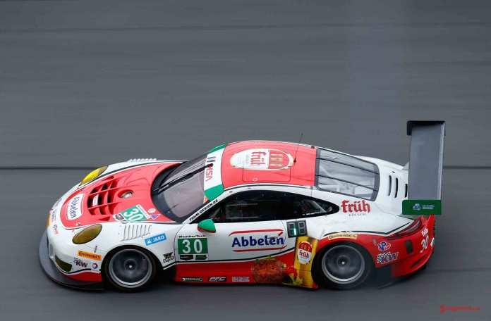 Porsche North America 2016 Post-Roar Report: Frikadelli Racing 911 GT3 R of Klaus Abbelen, Patrick Huisman, Frank Stippler, Connor De Phillippi and Sven Mueller. Credit: Porsche AG