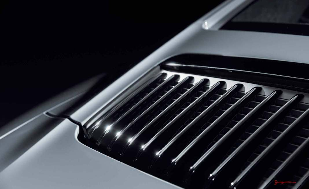 Porsche Certified Pre-Owned (CPO) Program: 911 Carrera 991.2 rear lid grille. Credit: Porsche AG