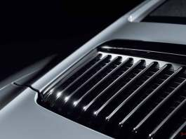 Porsche Certified Pre-Owned (CPO) Program: 911 Carrera 991.2 rear lid grille. Credit: Porsche AG