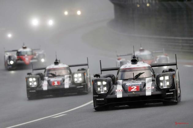 Porsche garners 18th overall win at 84th Le Mans 2016: Porsche 919 Team 2 and Porsche Team 1 in mist. Credit: Porsche AG