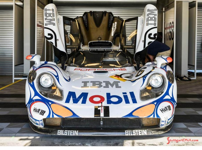 996-gen Porsche 911 Buyer Guide: Pictured here is the ferocious-looking Le Mans-overall-winning 2018 Porsche 911 GT1 – in a head-on, full-frontal shot – exhibited at the 2018 Porsche Rennsport Reunion VI at Laguna Seca Raceway in California. The GT1 is seen here to show the striking resemblance of its headlights to the headlights of the 2000 Porsche 911 996 Carrera Millennium Edition pictured directly below. In short, the 996 Carrera's headlights are genetically descended directly from the 911 GT1's headlights. Credit: Porsche AG