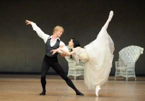 Korea-Gastspiel: DIE KAMELIENDAME - Sue Jin Kang (Marguerite Gautier) und Marijn Rademaker (Armand Duval)