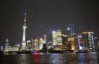 China-Gastspiel, Der Bund in Shanghai am Abend, Foto: Roman Novitzky